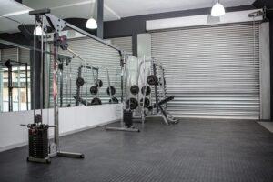 garage gym mirror idea