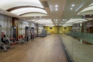 hotel gym mirrors
